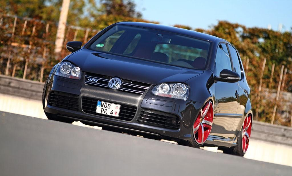 Black Vw Golf Mk5 R32 With Porsche Wheels Vw Golf Tuning