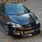 Black VW Golf Mk5 on AMG wheels