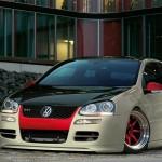Custom Volkswagen Golf Mk5 GTI