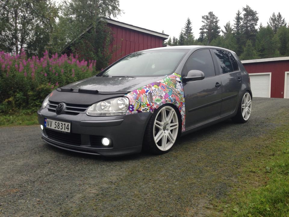 Grey-Volksagen-Golf-Mk5-Vemund-Råmunddal-Veting