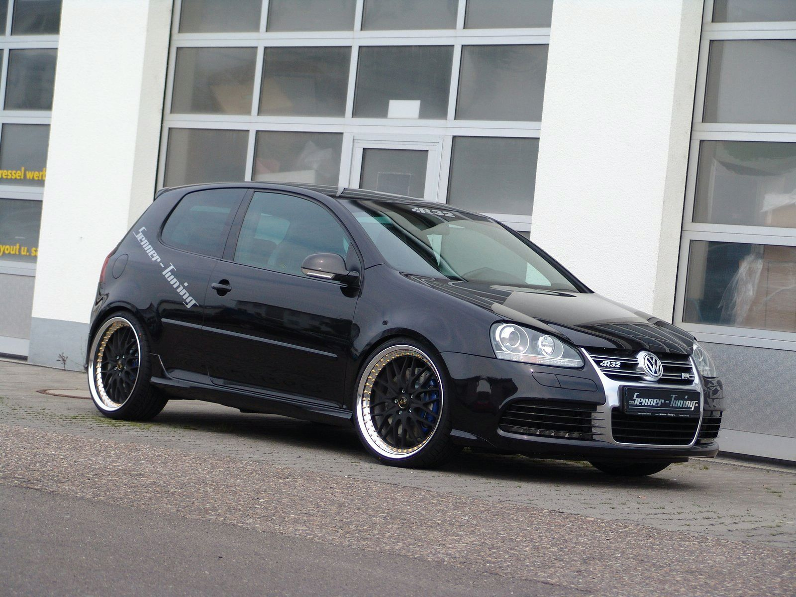 vw golf v r32 by senner tuning vw golf tuning. Black Bedroom Furniture Sets. Home Design Ideas