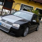 Black-and-gray Volkswagen Mk4