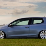 Blue Volkswagen Mk6 on Audi wheels