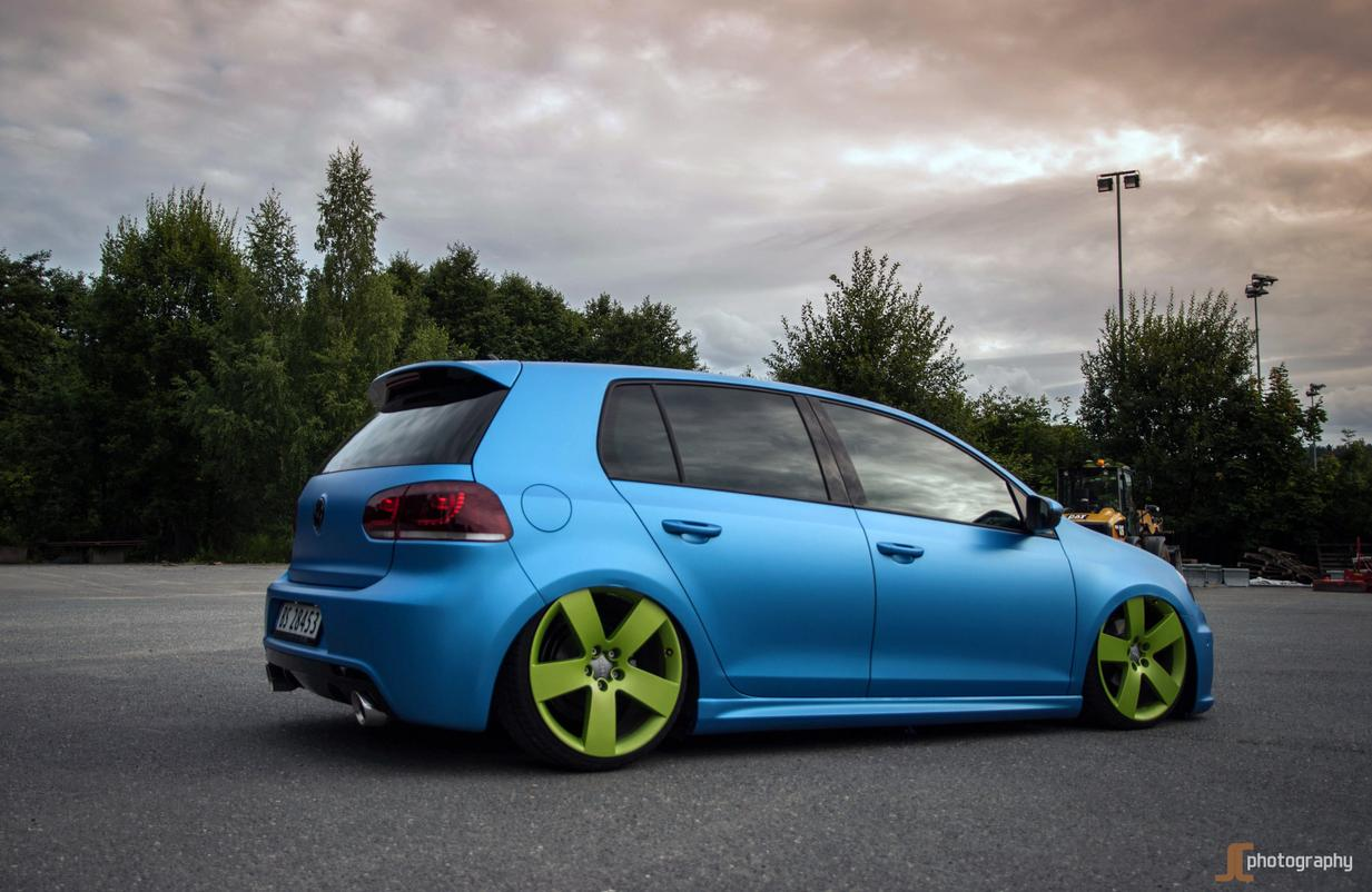 blue vw golf mk6 with green 5 star rims vw golf tuning. Black Bedroom Furniture Sets. Home Design Ideas