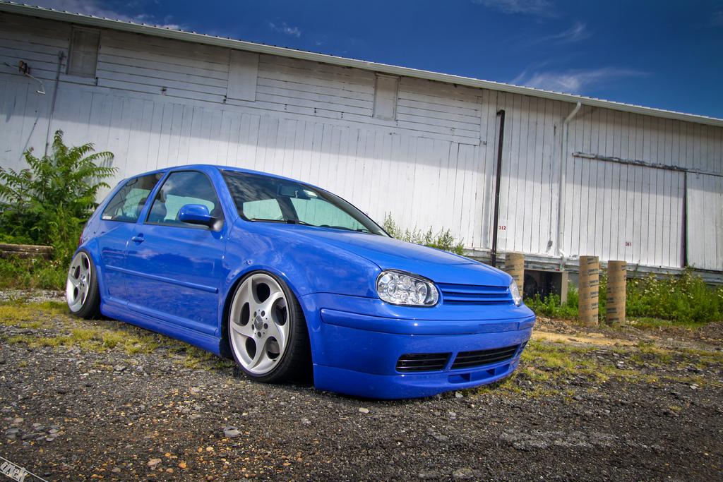 vw-blue-mk4-mercedes-rims