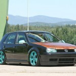 VW Mk4 with rusted hood on VW GTI wheels