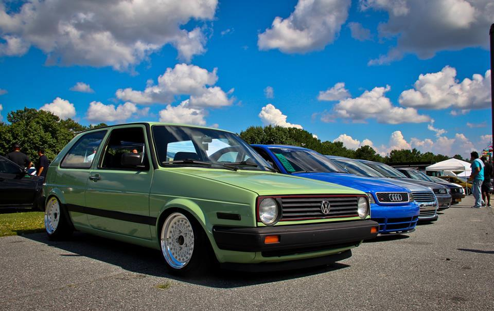 vw-golf-mk2-green-white-wheels