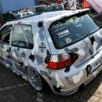 VW Golf Mk4 in camouflage paint