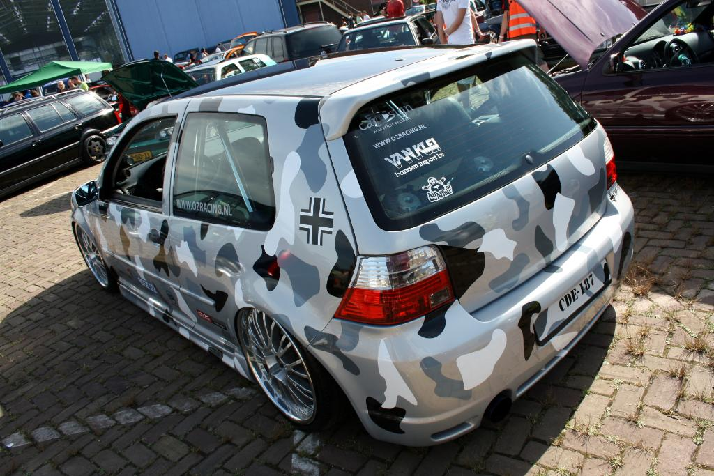 vw-golf-mk4-camouflage-paint