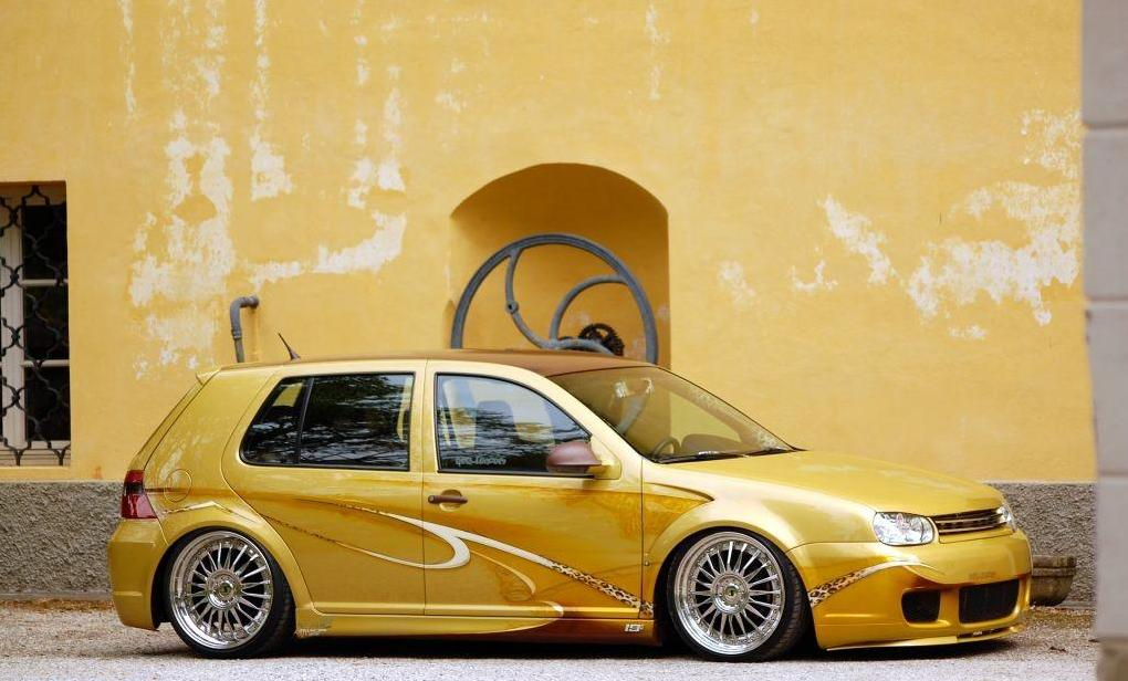 vw-golf-mk4-metallic-paint-golden-silver-rims