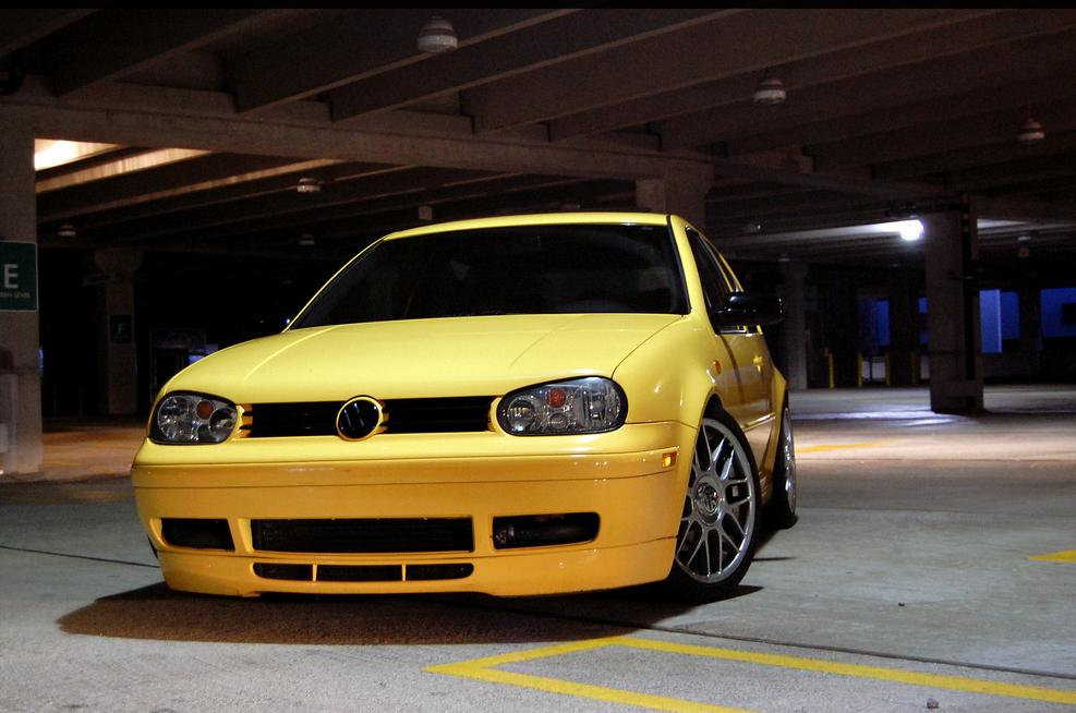 vw-golf-mk4-yellow-tinted-windows