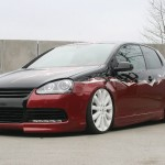 VW Golf Mk5 in black-red combination
