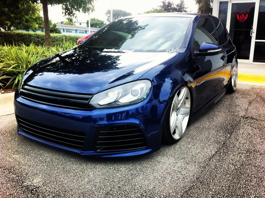 blue vw golf mk6 with bentley wheels vw golf tuning. Black Bedroom Furniture Sets. Home Design Ideas