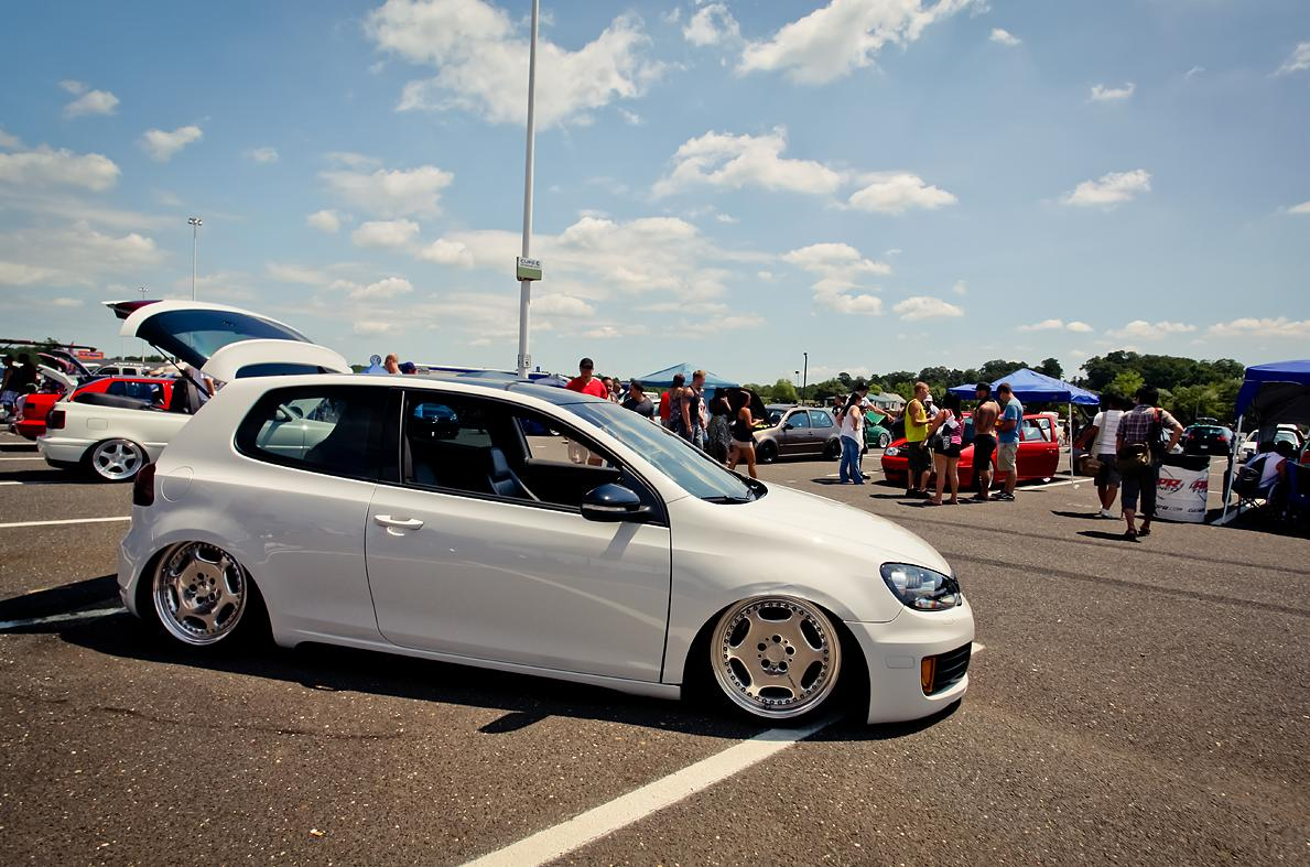 vw-golf-mk6-white-silver-rims