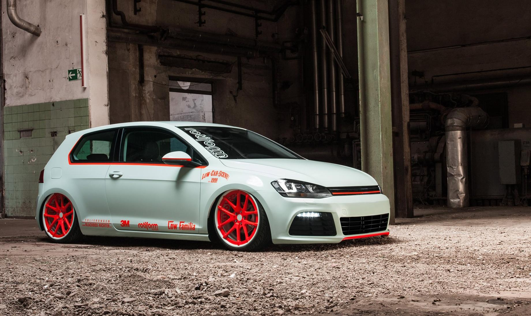 vw-golf-mk7 -light-tron