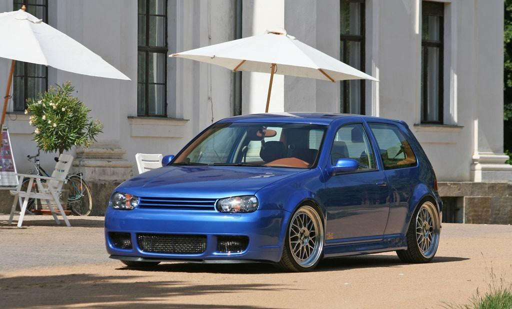 vw-golf4-bbs-with-silver-wheels