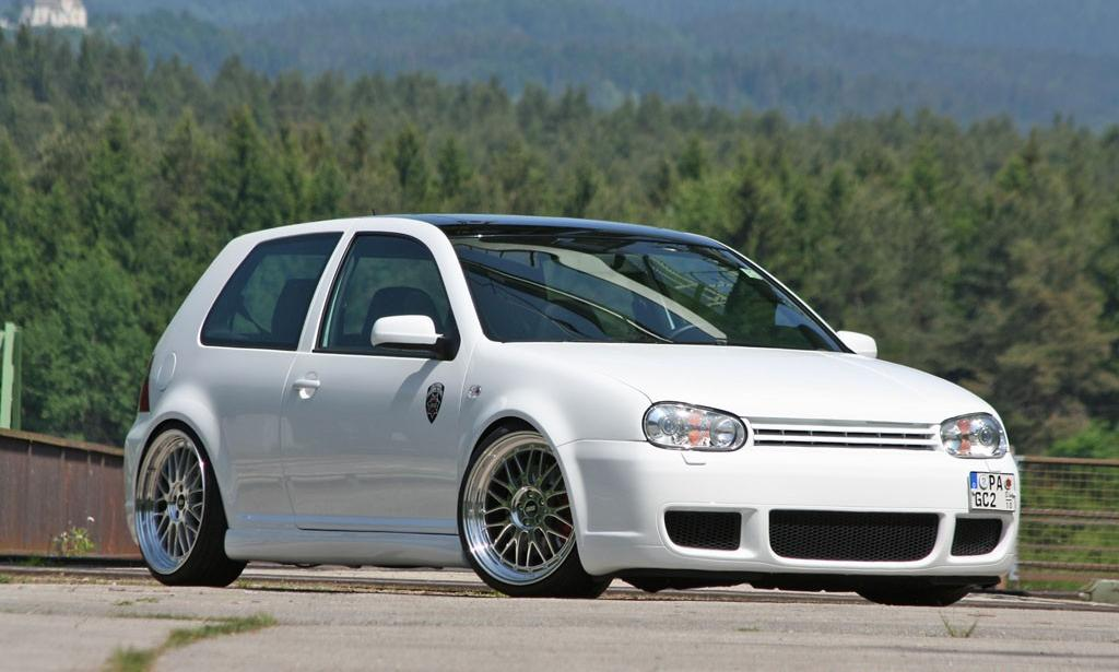 white-vw-golf-mk4-on-silver-bbs wheels