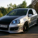 Silver VW Golf Mk5 with black stripe – Linda Jessi