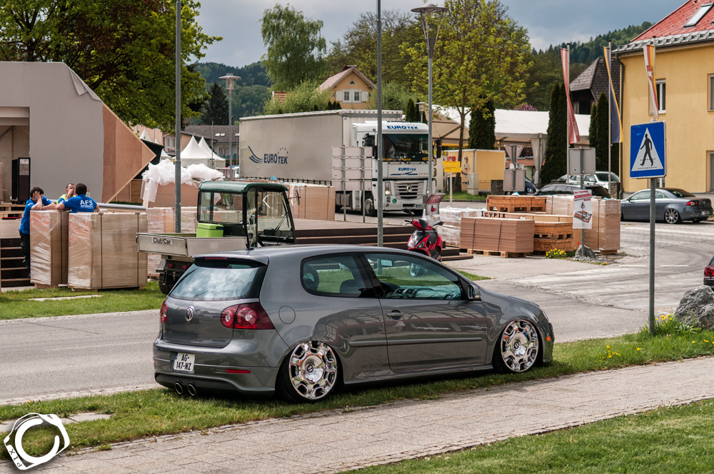 grey-mk5-golf-vw-bentley-wheels