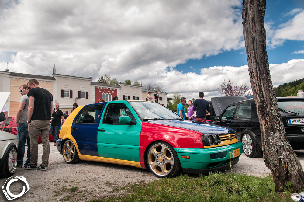 vw-golf-harlequin-bentley-wheels
