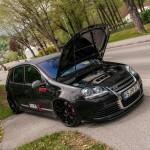 Black Volkswagen Golf Mk5 R32