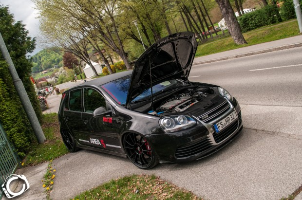 black volkswagen golf mk5 r32 vw golf tuning. Black Bedroom Furniture Sets. Home Design Ideas