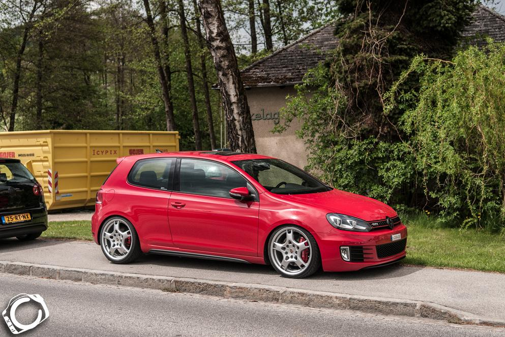 vw-red-gold-mk6-porsche-wheels