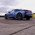 Video: BMW i8 vs Porsche 911 Carrera S