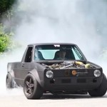 BLACK MONSTER: VW Caddy burnout (VIDEO)